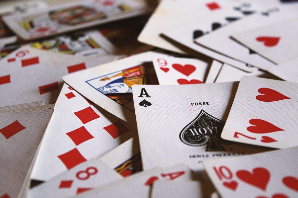 試してみなければならないサイコロを使った最高のカジノゲーム